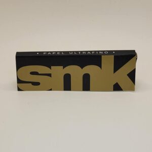 SMK Gold 1-1/4 Rolling Papers